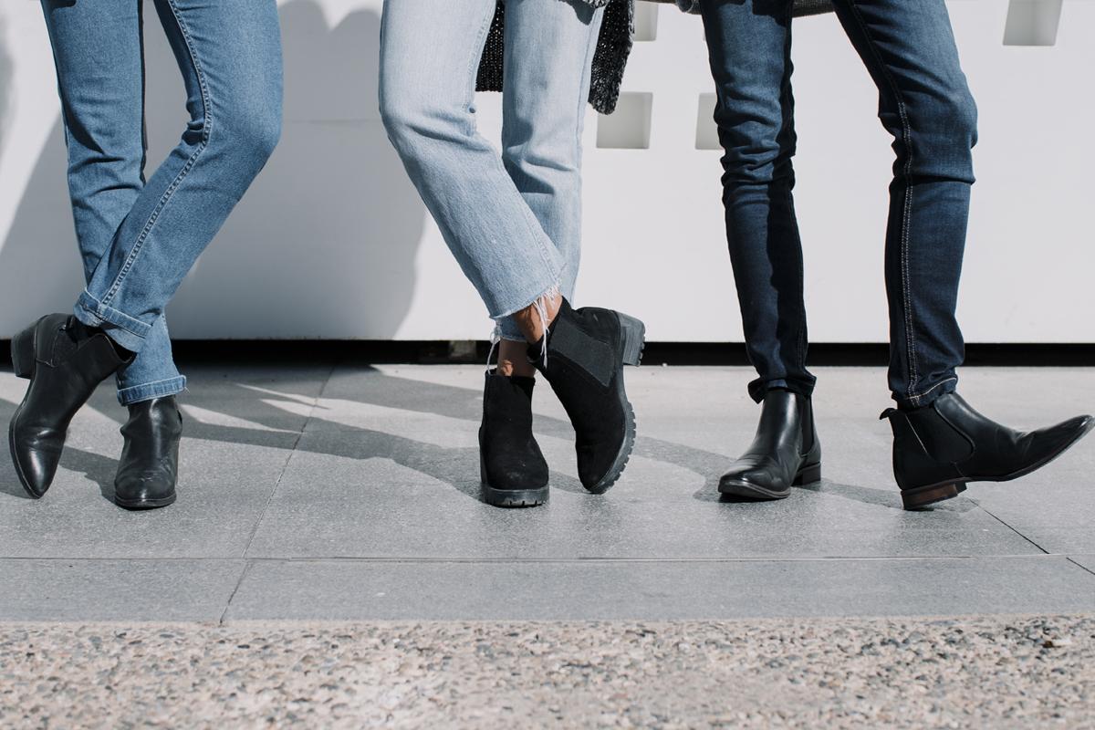 b59c08b2 Sposobów jest wiele, ale który zadziała? Poznaj skuteczny sposób, jak  usunąć brzydki zapach z butów!